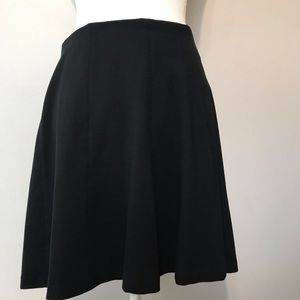 Women's Loft Skirt Black Full Bottom Size M